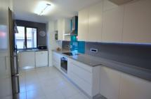Property Reference AB001699