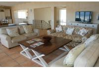 Photo 2 of self catering accommodation in Plett - Lookout Lower Town