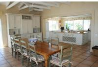 Photo 7 of self catering accommodation in Plett - Lookout Lower Town